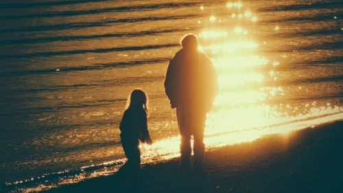 ¿Cómo puedo enseñarle a mis hijos los Diez Mandamientos?