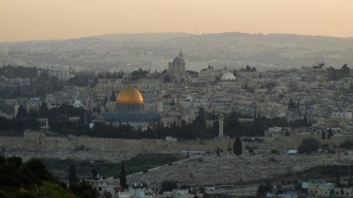 El impacto de esta corta guerra todavía se siente hoy. La presencia judía en Israel es más fuerte que nunca y se proyecta que continúe a crecer.