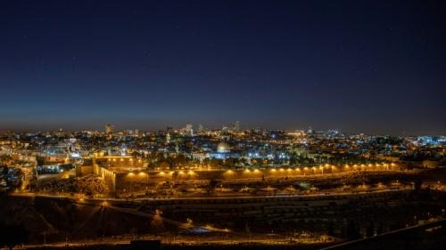 Jerusalén es un destino que muchas personas esperan visitar algún día, y debería ser un lugar de gran importancia para los cristianos, ya sea que hayan estado allí o no.